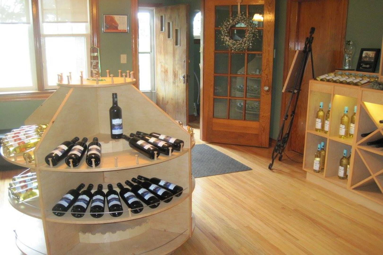 Wine bottles in the shop Early Acres Estate Winery